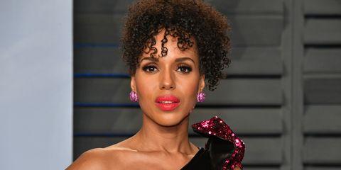 Hair, Face, Lip, Hairstyle, Beauty, Jheri curl, Afro, Eyebrow, Cheek, Fashion,