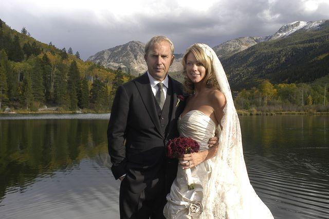ケビン・コスナーとクリスティーン・バウムガートナーの結婚式