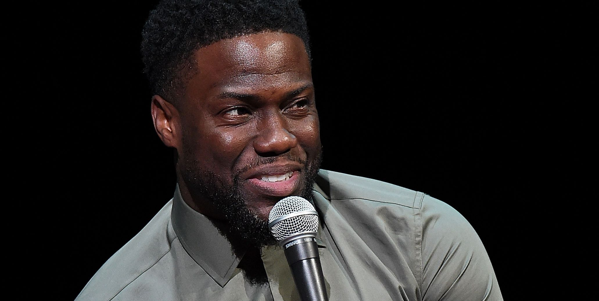 Why Can't Kevin Hart Really, Truly, Sincerely Apologize?