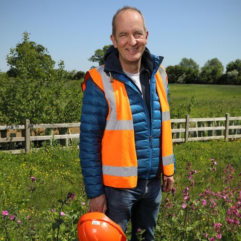 kevin mccloud, grand designs the street