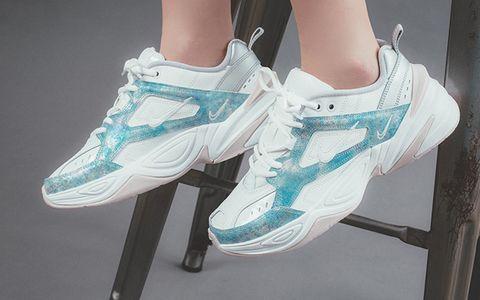 Footwear, White, Shoe, Green, Turquoise, Blue, Aqua, Leg, Plimsoll shoe, Sneakers,