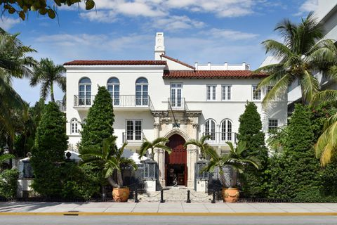 Gianni Versace's Mansion Is Now a Luxury Hotel - Photos of Versace's Home  Today