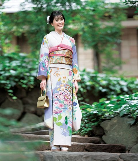 美しいキモノ2020冬 振袖 小澤奈々花 千總