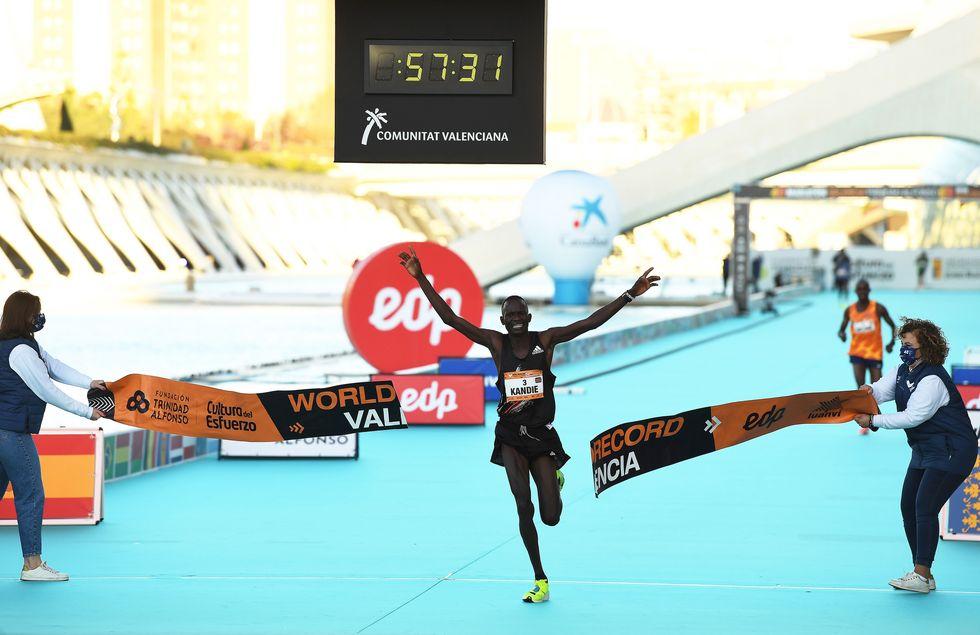 half marathon record broken by multiple runners
