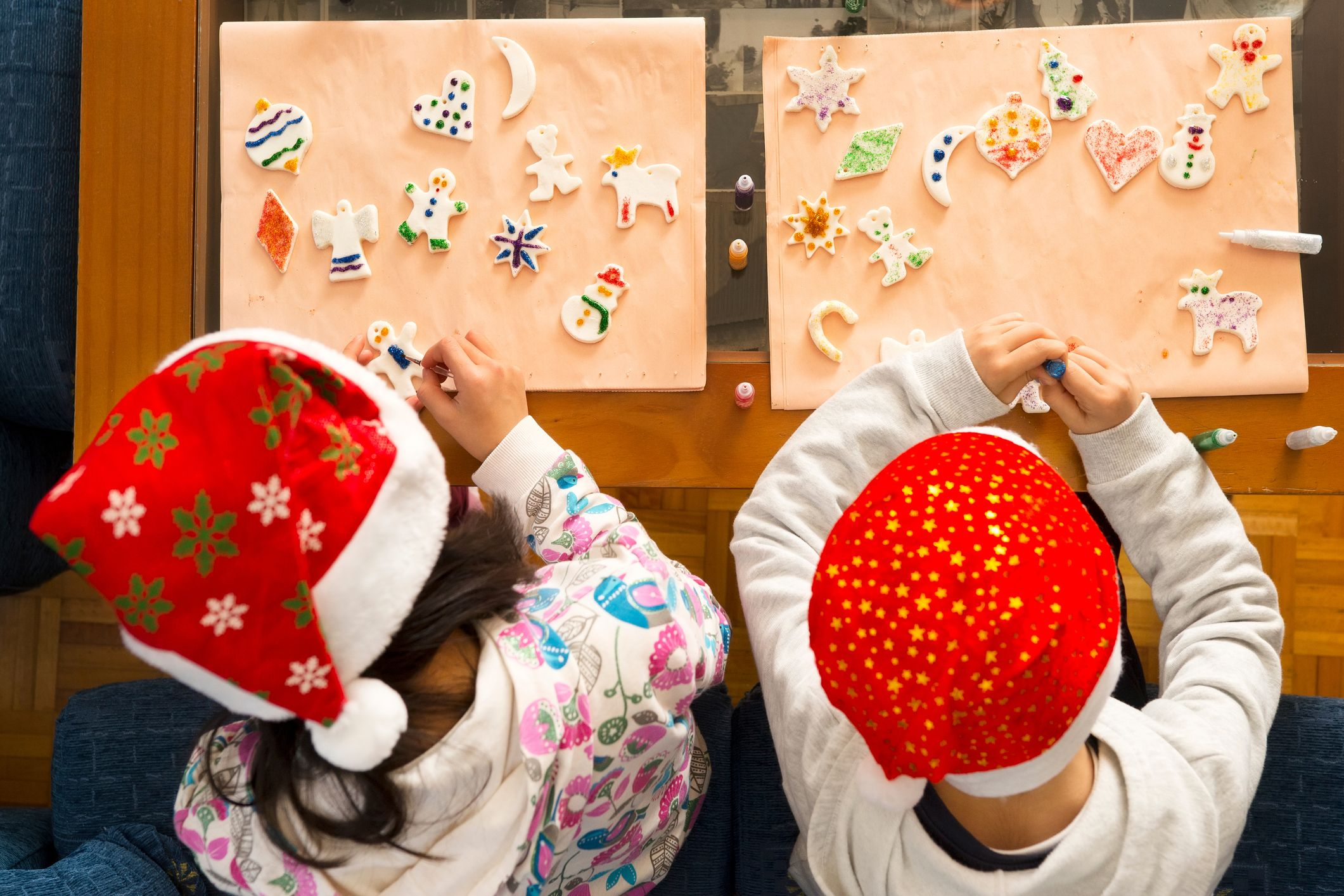 13 Festive Christmas Crafts For Kids That Won't Stress You Out