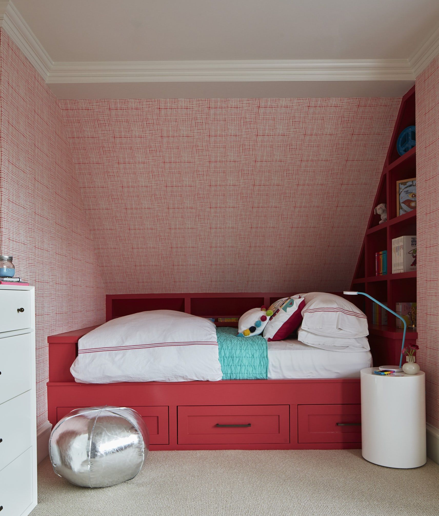 11 Unique Red Bedroom Ideas Red Decor Ideas for Bedroom
