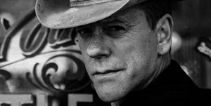 Kiefer Sutherland country music cowboy hat