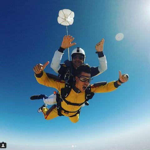 Parachuting, Parachute, Tandem skydiving, Air sports, Sky, Extreme sport, Fun, Windsports, Happy, Friendship,