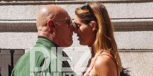 Kiko Matamoros tiene nueva novia, la modelo Marta López. La pareja compartió besos y arrumacos en las calles de Madrid.