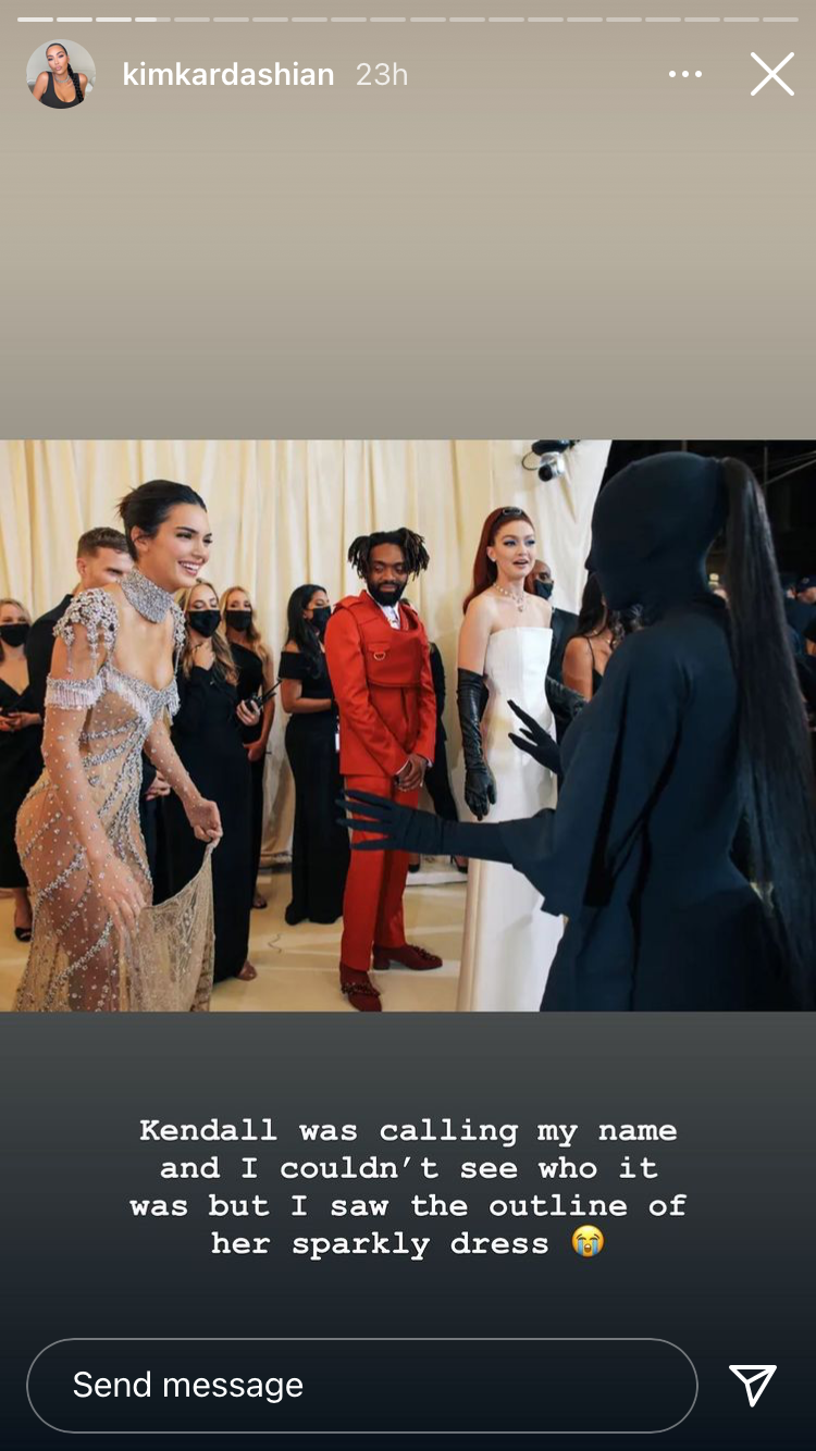 Kim Kardashian just explained the story behind her bizarre pose with Kendall Jenner at the Met Gala
