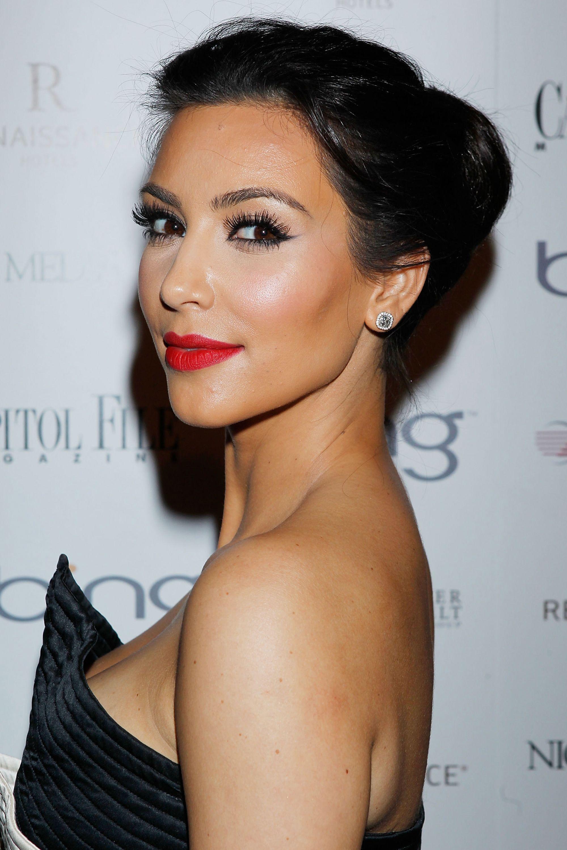 Esc Kim Kardashian