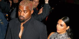 Kanye west steelt oorbel
