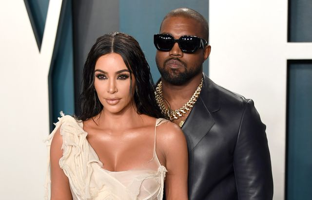 por qué kim kardashian no está contenta con kanye west tras vestirse de novia en su último evento