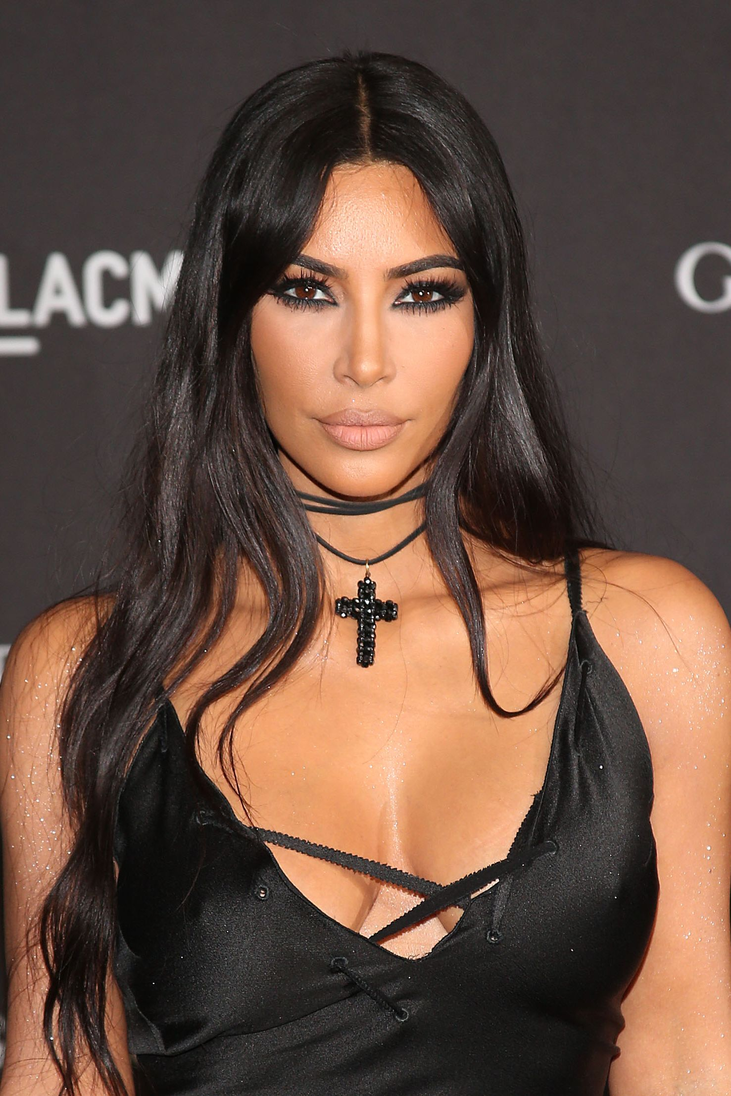 Celebrity Hairstyles Long Hair Kim Kardashian