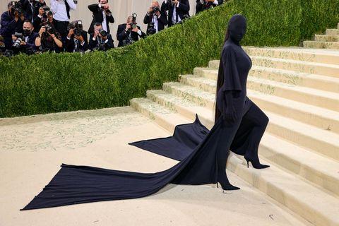Kim Kardashian Covers Face in Balenciaga Dress at the Met Gala in 2021