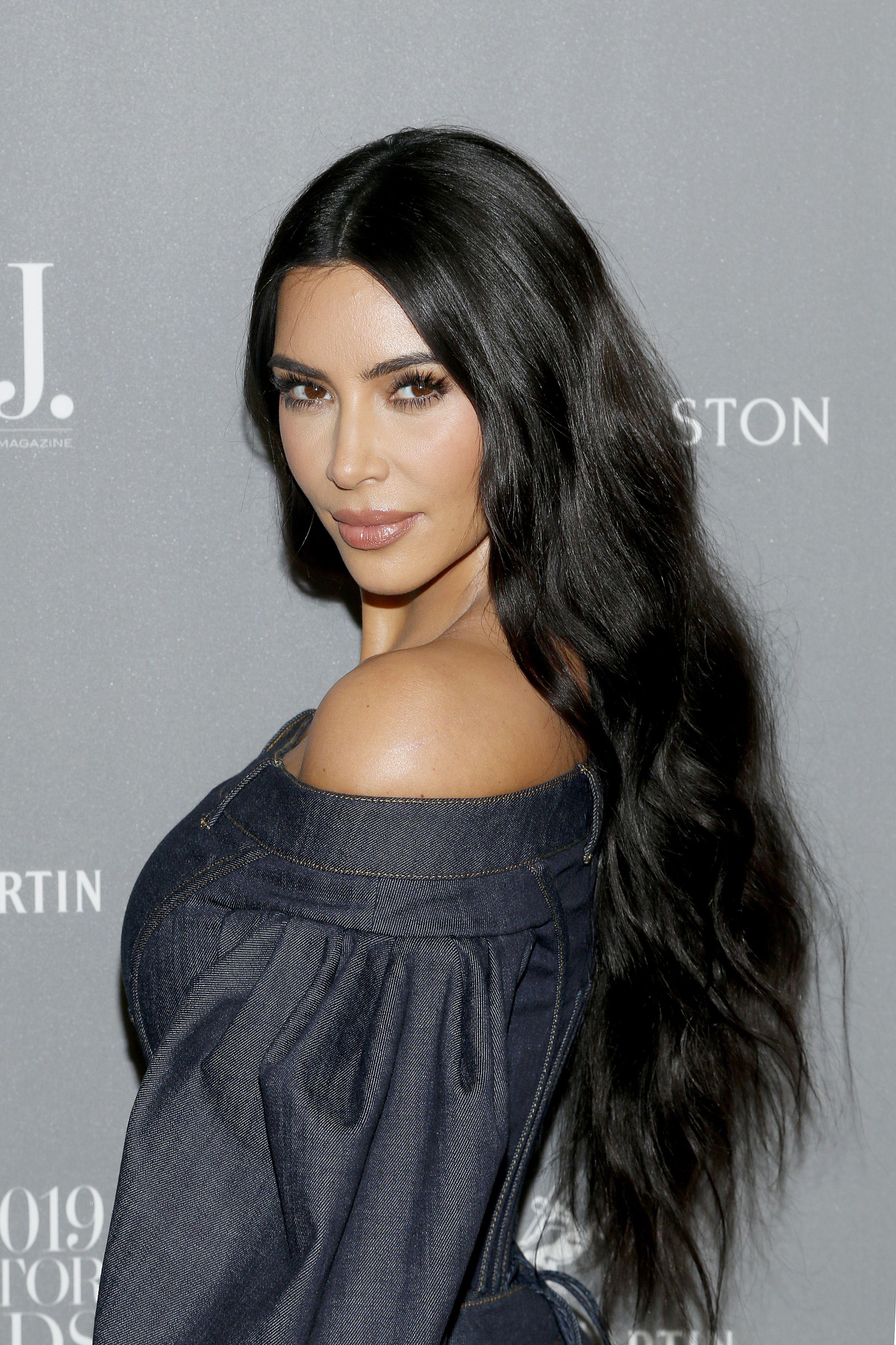 Kim Kardashian just resurrected the dip dye hair trend