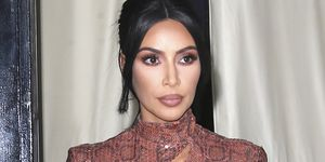 Kim Kardashian saca a relucir su lado más víbora con un vestido vintage de Thierry Mugler