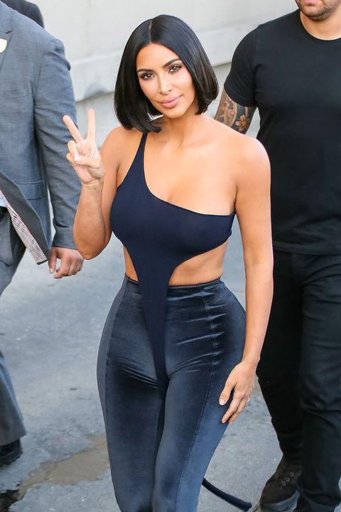 Kim Kardashians New Blunt Bob Haircut- Drastic Celebrity -5389