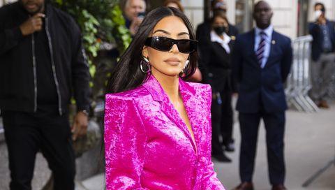 kim kardashian bromea sobre su divorcio de kanye west
