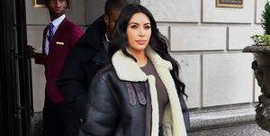 kim-kardashian-leren-broek