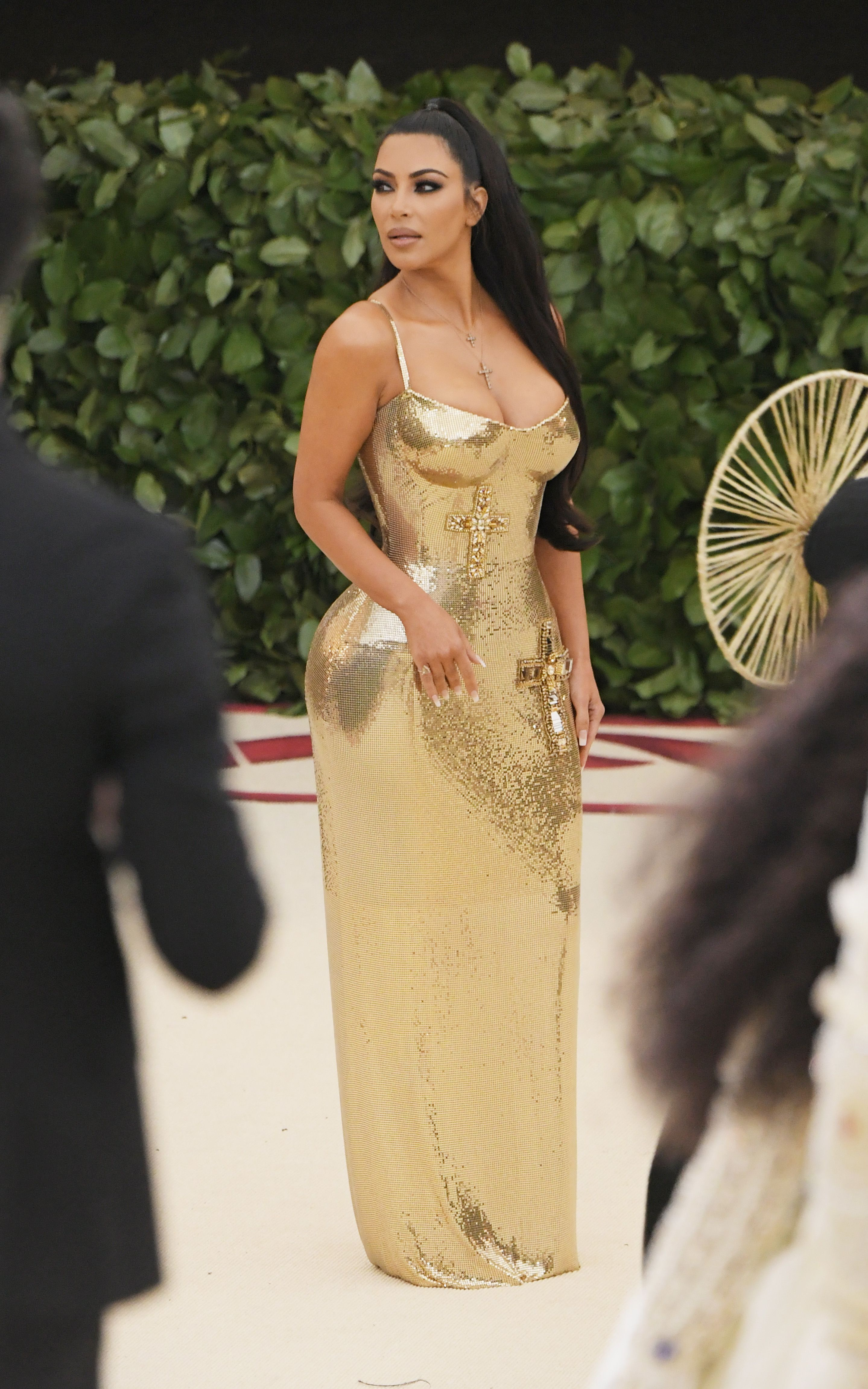 Kim Kardashian Wears Shiny Gold Dress To The Met Gala Kanye Skips Ball