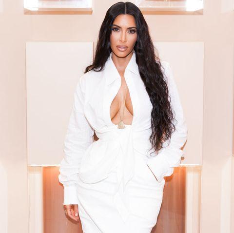 White, Hair, Clothing, Beauty, Fashion, Skin, Hairstyle, Long hair, Outerwear, Black hair,