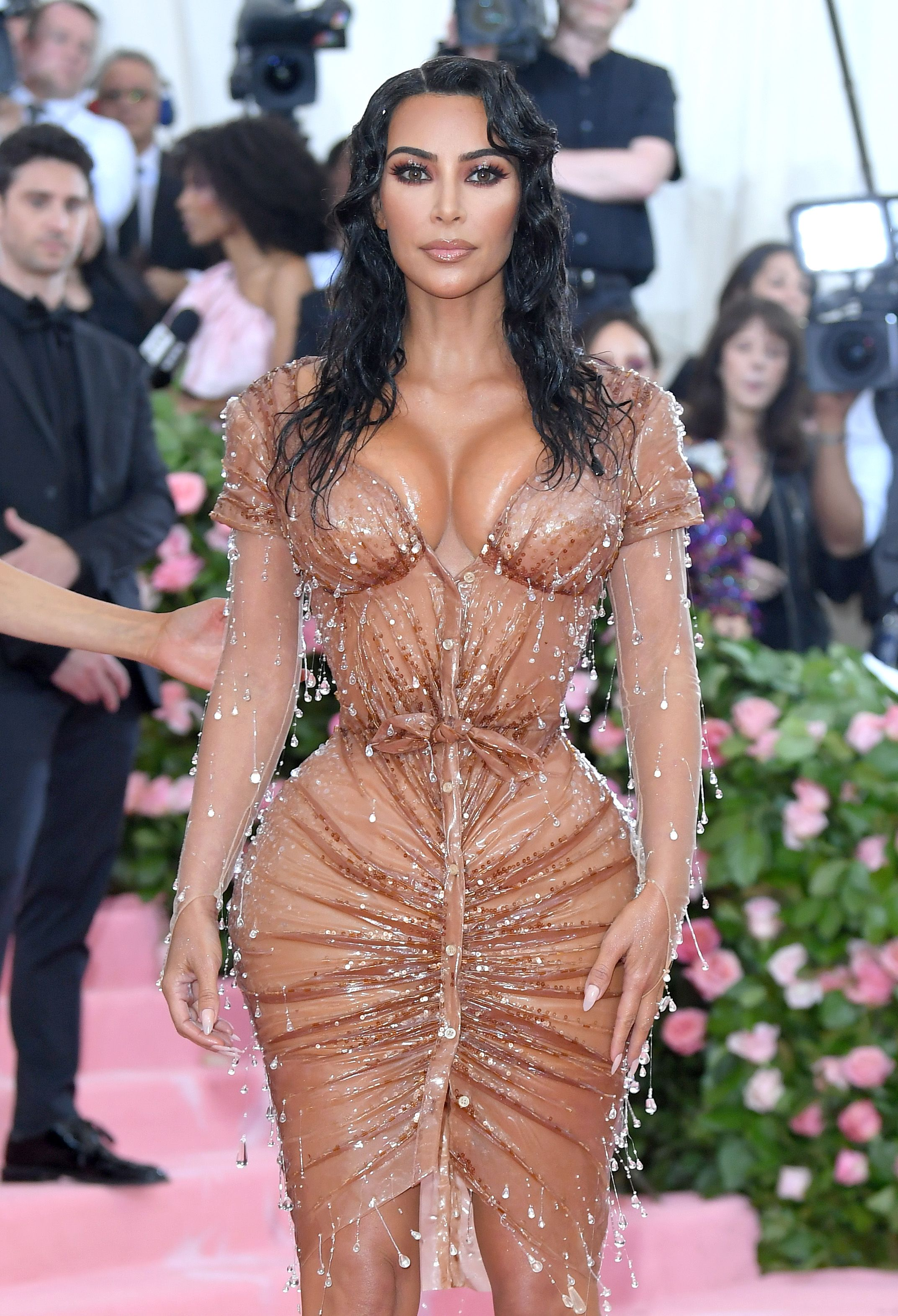 Kim Kardashian Says She Covers Psoriasis With KKW Beauty Body Makeup In Instagram Video
