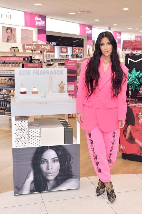 4e0d8efda8d Kim Kardashian Style Transformation - Kim Kardashian Outfits