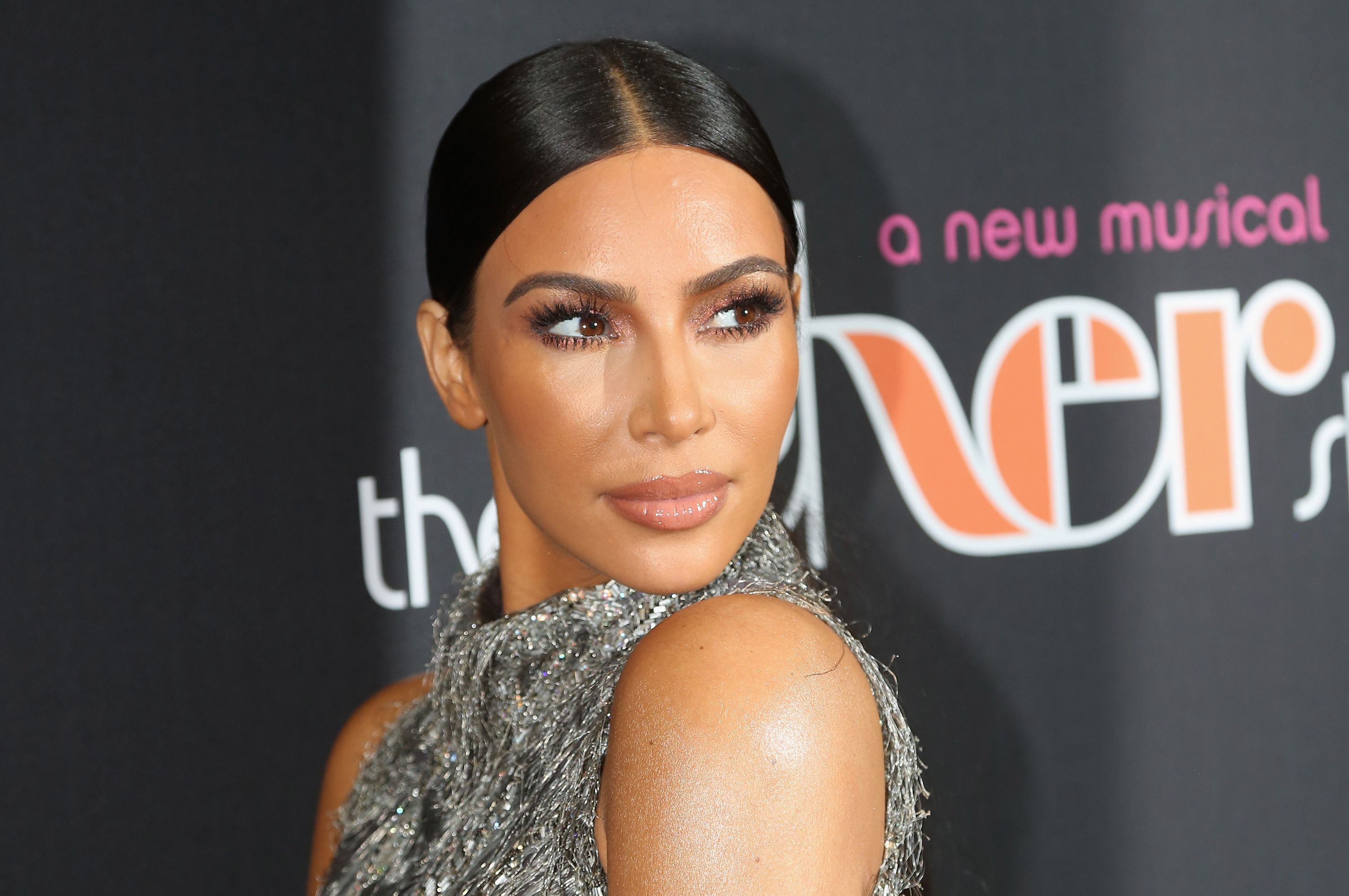 Kim Kardashian Drinks Celery Juice For Psoriasis - Is Celery