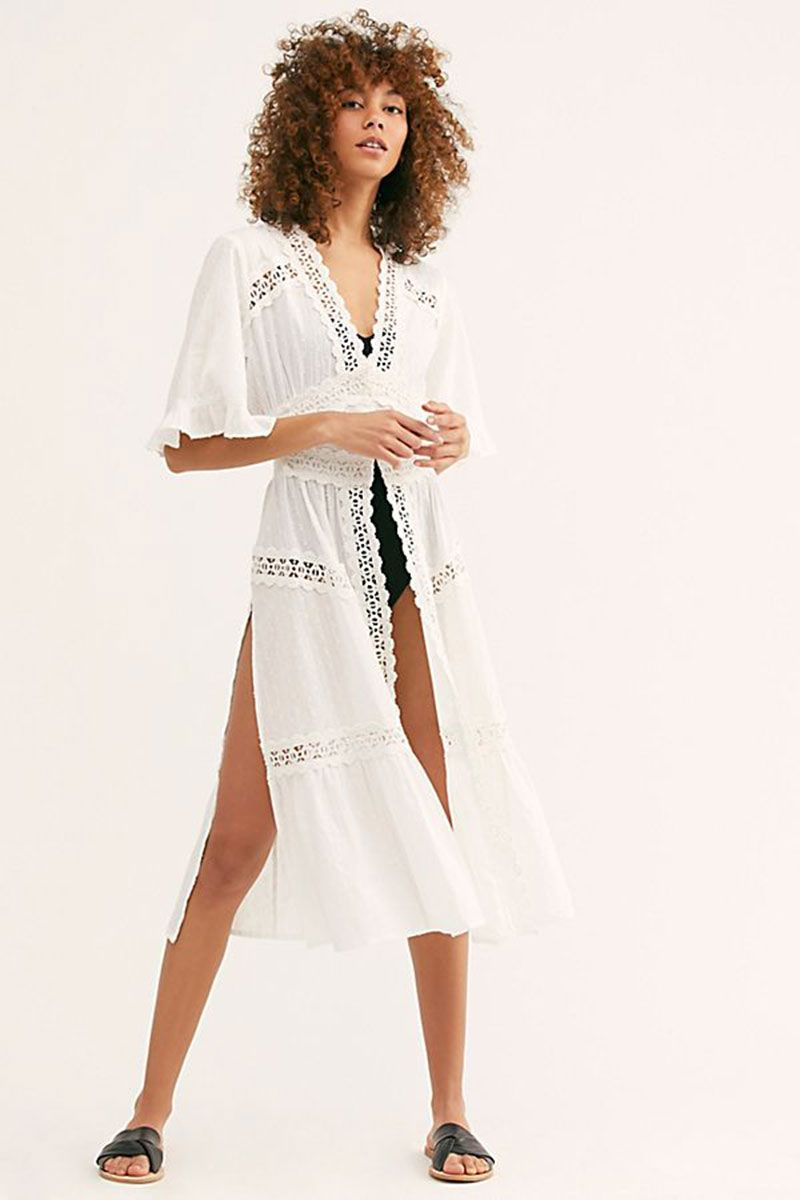 06cb4a6a84b7 Holiday essentials - summer holiday outfits for your capsule wardrobe
