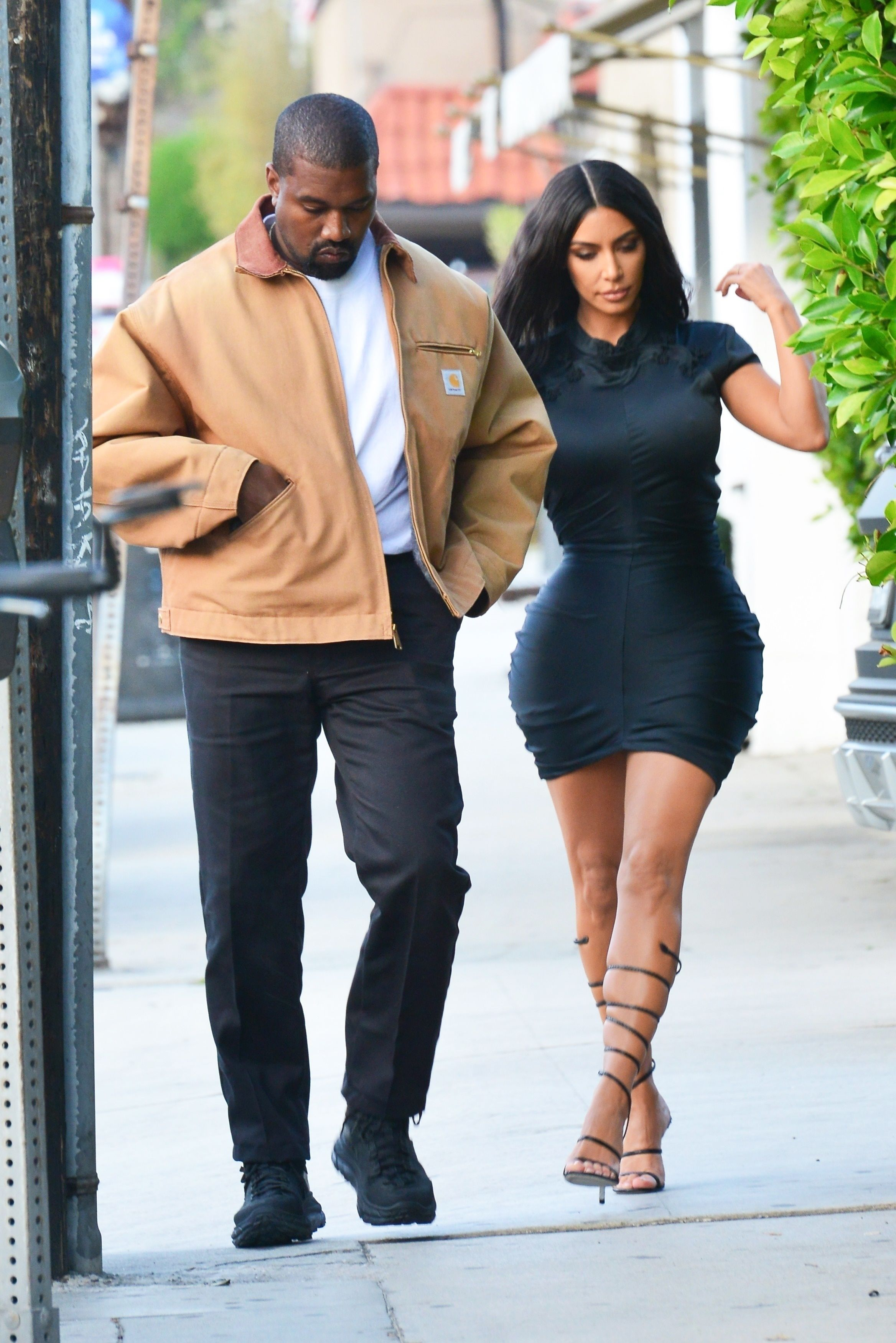 kim kardashian and kanye west dating