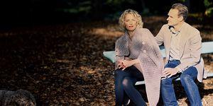Casper en Laura op ene bankje in het park