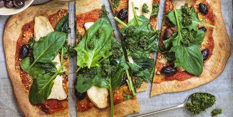 ピザ生地はクリスピータイプを選ぶべし|ピザをヘルシーにおいしく食べるコツ