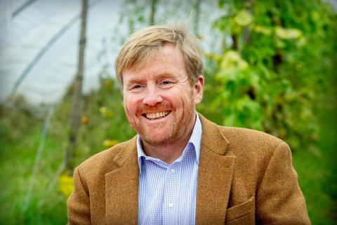 king willem alexander of the netherlands visits cooperation farmers in boxtel