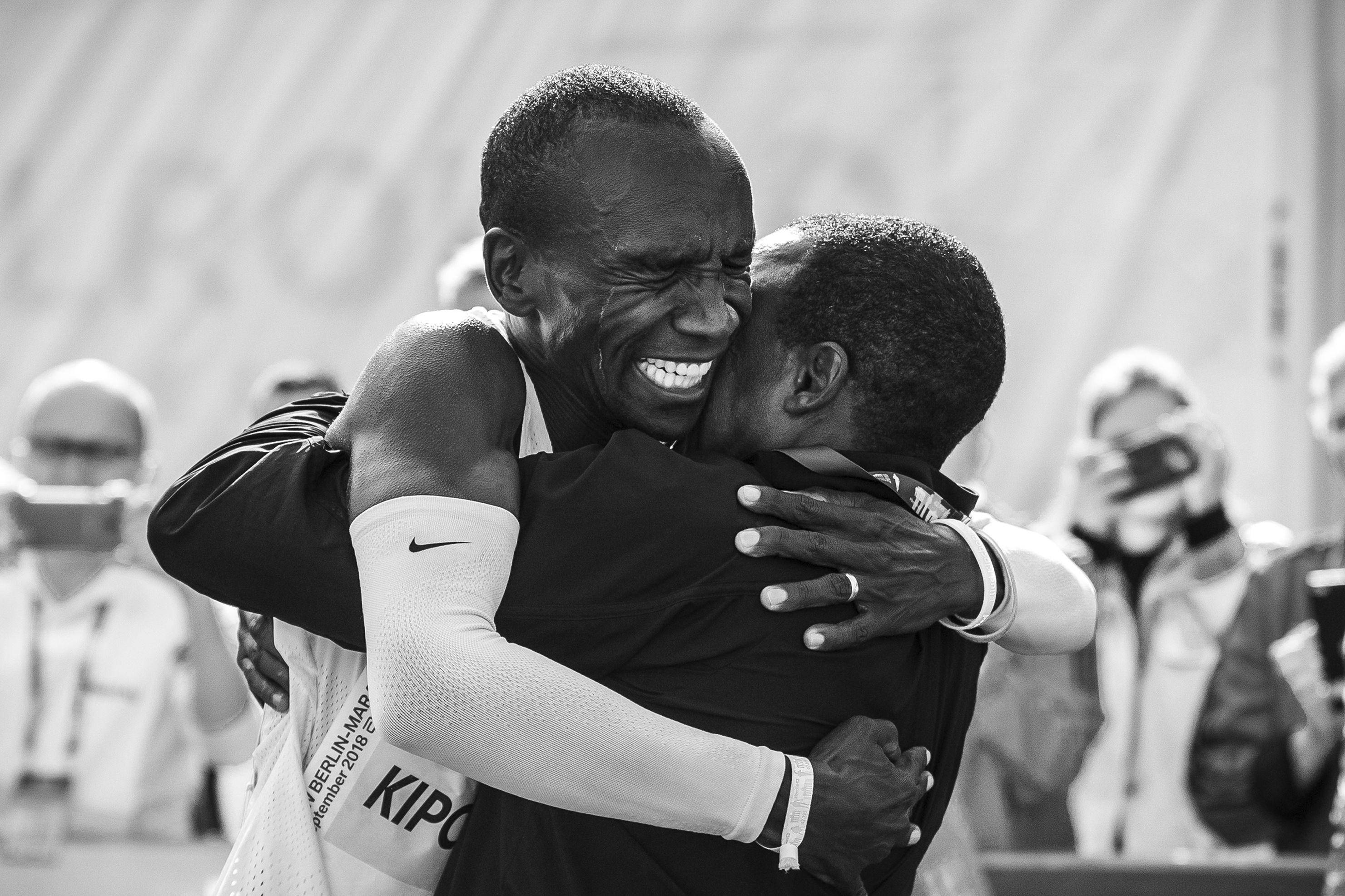 El récord atómico de maratón de Eliud Kipchoge | Deportes