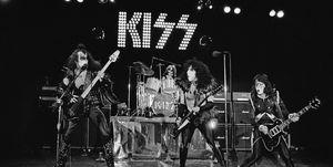 kiss banda rock espectacular esquire top