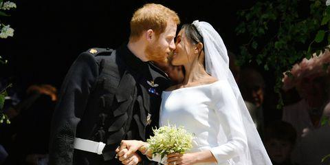 Marriage, Bride, Ceremony, Wedding dress, Wedding, Event, Bridal clothing, Interaction, Romance, Formal wear,