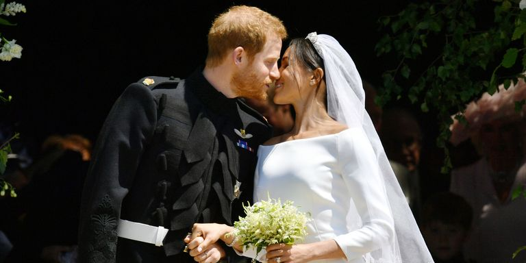 Prince harry meghan markle kiss at royal wedding royal wedding pda getty images junglespirit Choice Image