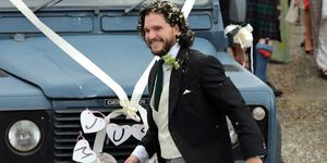 kit harington, kit harington boda, kit harington novio, kit harington traje novio, kit harington boda juego de tronos, kit harington, rosie leslie, kit harington jon nieve