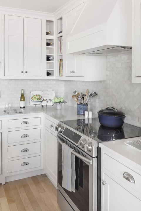 20 Gorgeous Kitchen Tile Backsplashes - Best Kitchen Tile Ideas on cabinets above stove, lighting above stove, backsplash behind stove, tile mural above stove, subway tile above stove, decorative tile above stove, microwave above stove, accent tile above stove,