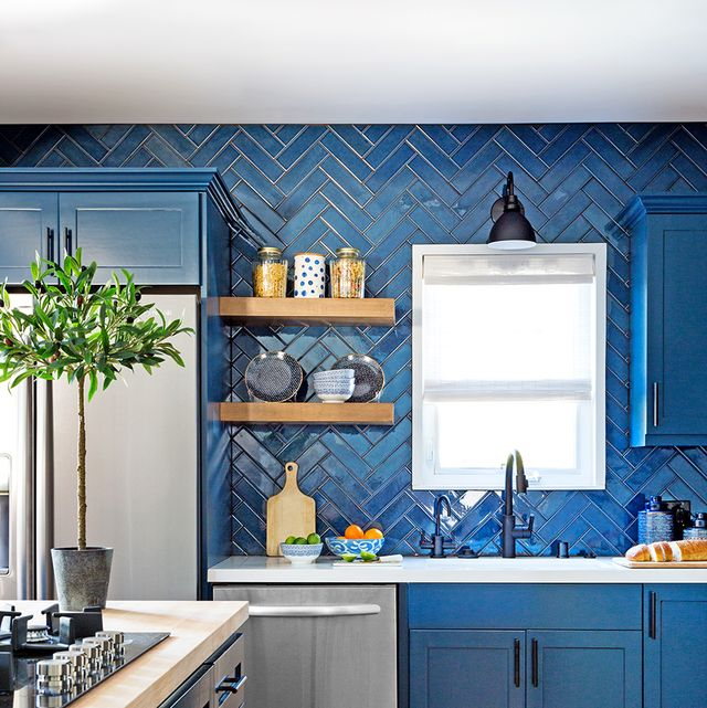 15 Fresh Subway Tile Kitchen Ideas
