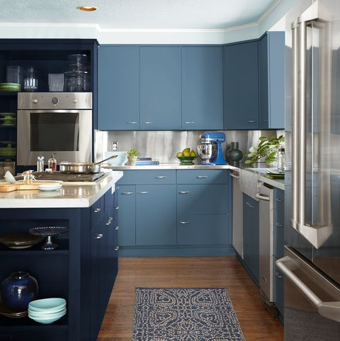Cabinets: Blueprint S470-5, Dark Navy: S530-7     Ceiling: Watery HDC-CT-26