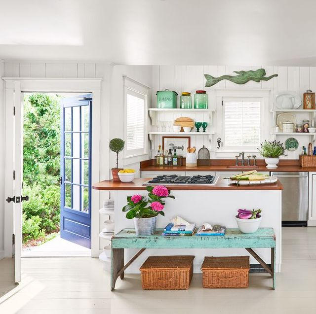 23 Best Cottage Kitchen Decorating Ideas And Designs For 2019: Best Kitchen Paint Color Schemes