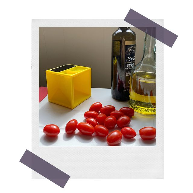 kitchen cube with tomatoes and olive oil