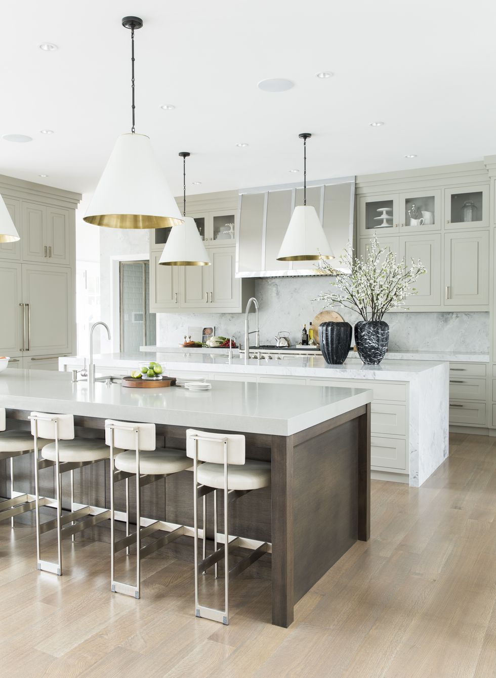 White Kitchen Islands Ideas