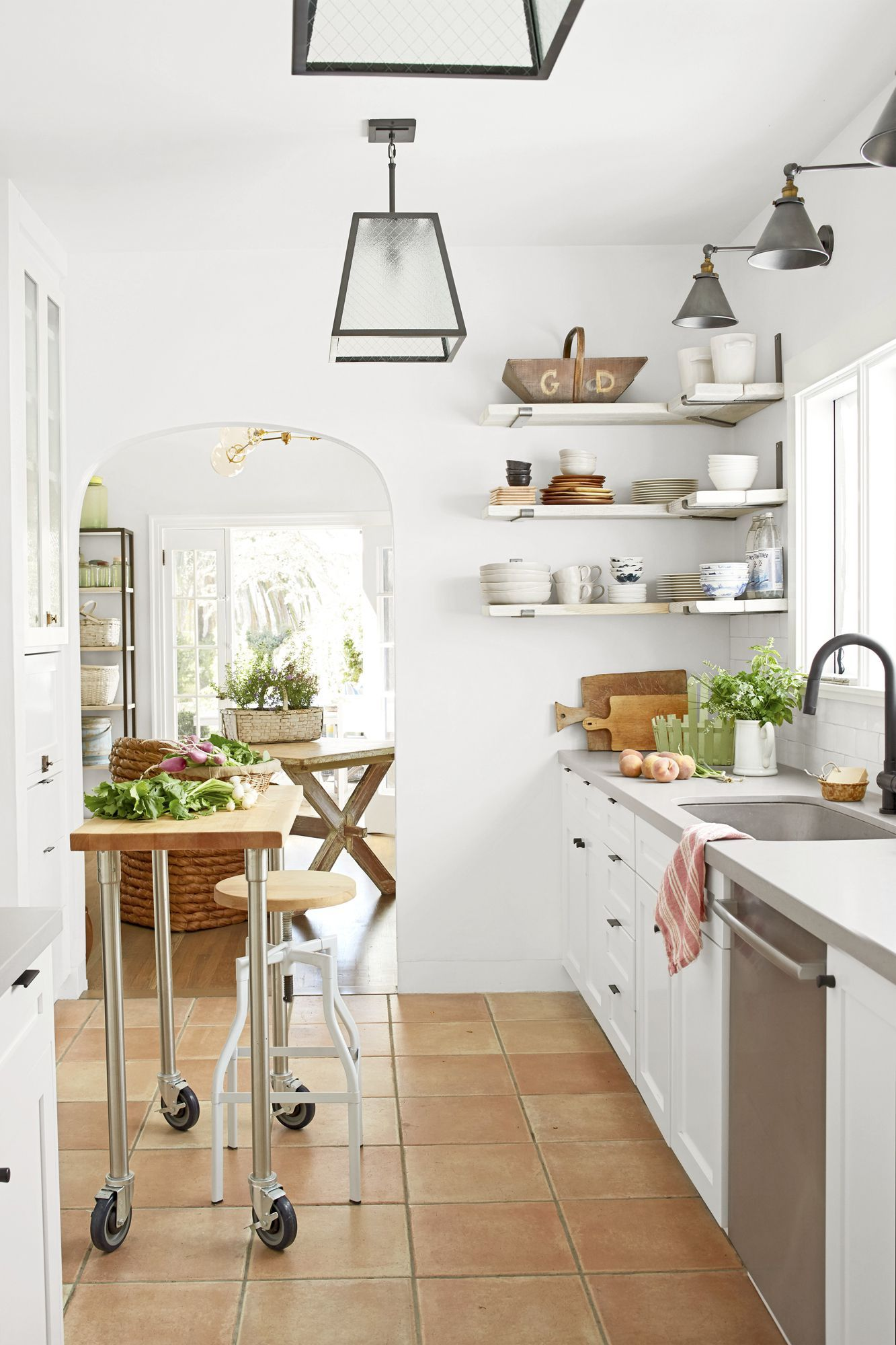 Country Living Magazine & 55+ Best Kitchen Island Ideas - Stylish Designs for Kitchen Islands