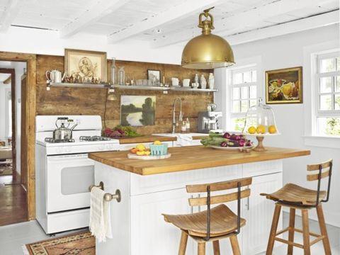 kitchen-lighting-ideas-brass-pendant
