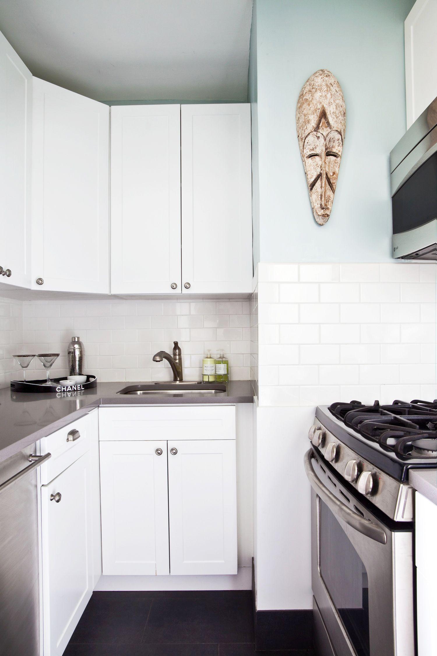 8 Best Kitchen Paint Colors - Ideas for Popular Kitchen Colors