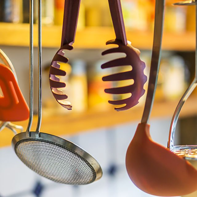19 Kitchen Tools And Gadgets That Can Help Anyone With Cooking