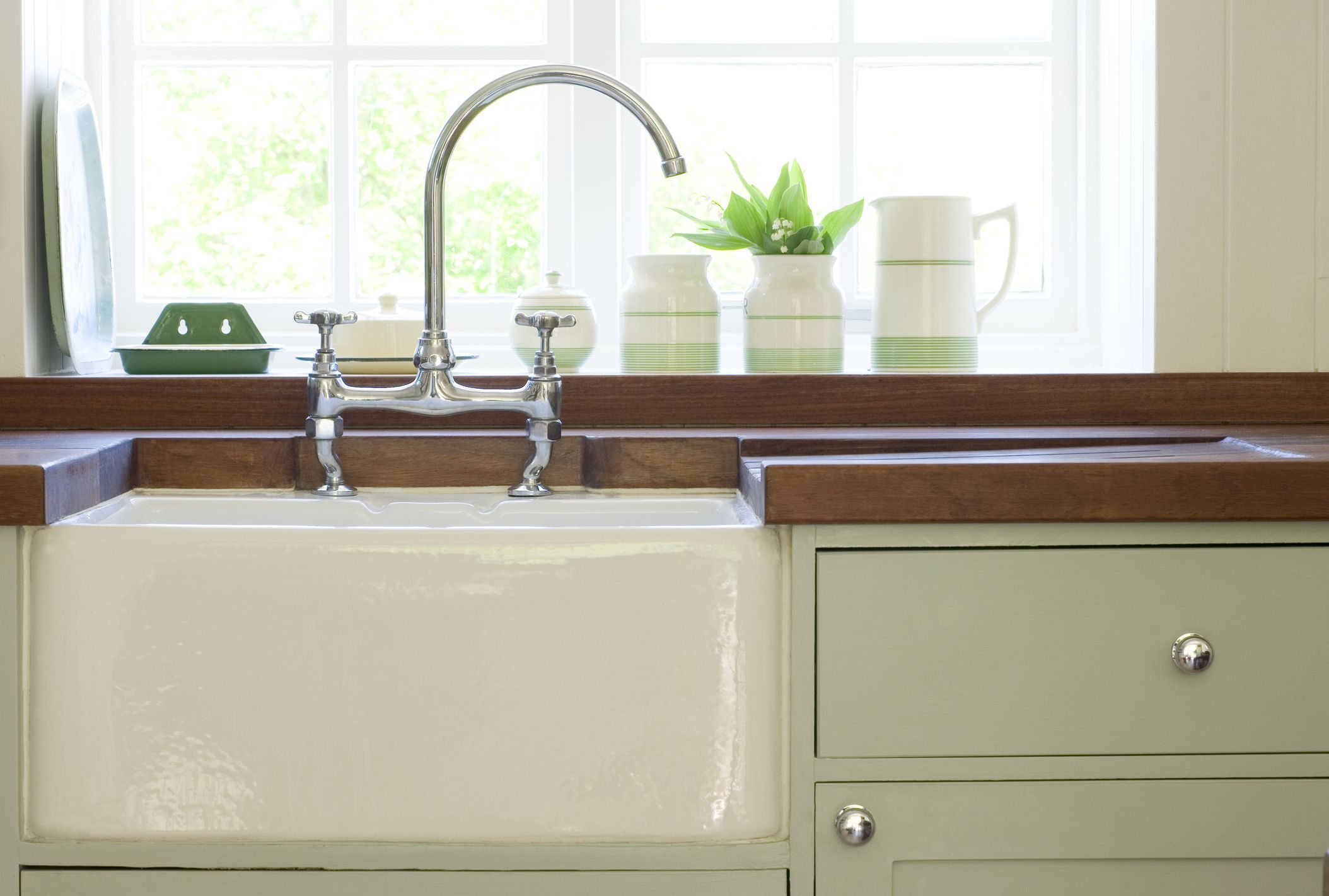 How To Clean Wooden Worktops - Solid Oak Worktops